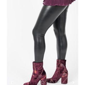 Agnes & Dora Sandra Dee Faux Leather Legging NWT